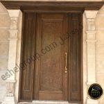 درب چوبی-wooden door